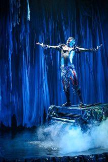140ff22d86e44164925dd92d4399a2d3--water-stage-theatre-design
